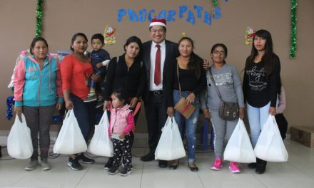 José Supo brindó actividad navideña a represetantes de programa Vaso de Leche en Paucarpata