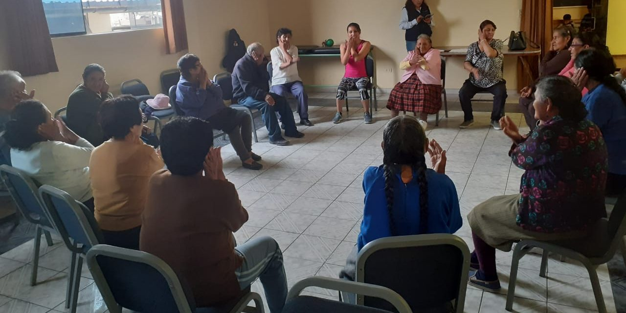 Municipalidad en coordinación con la ONPE realizan charla informativa a adultos mayores, sobre proceso electoral de este domingo 26 enero