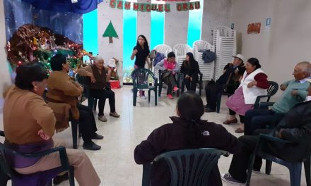 """DEMUNA comenzó con su taller «Por una vida Sana» en asociación del Adulto Mayor """"Caminando con Cristo"""""""