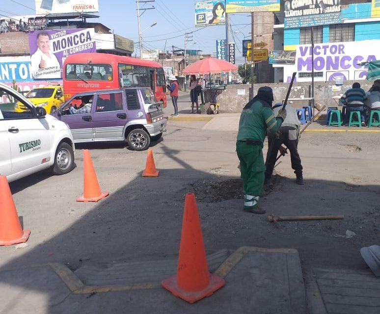 Reparación de vías en Badén con avenida Jesús