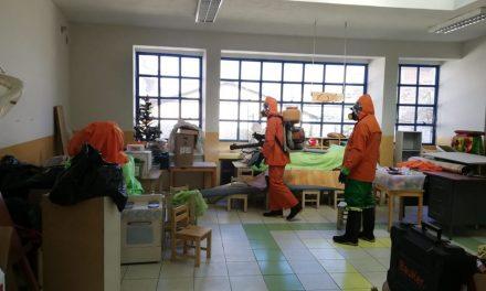 Fumigación de los centros estudiantiles del distrito