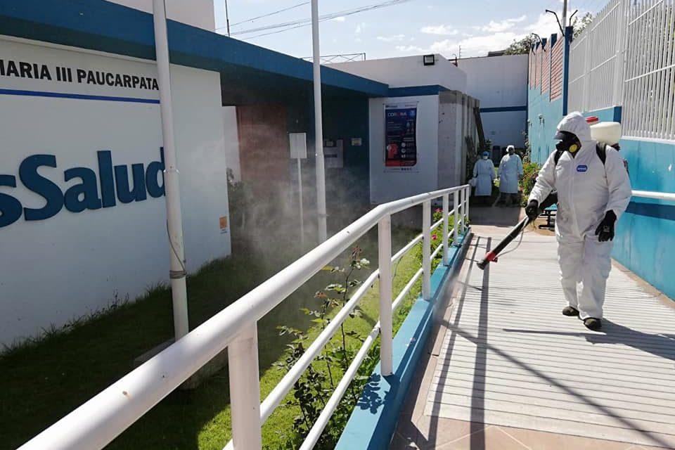Desinfección en principales mercados, comisarias, centros de salud y espacios públicos de Paucarpata