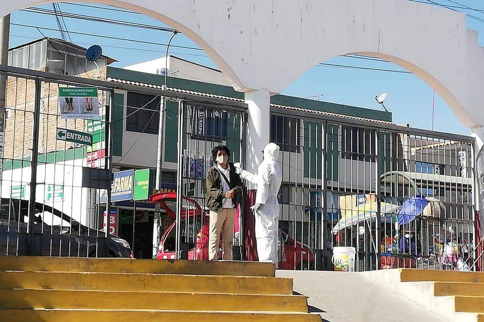 Altas medidas sanitarias en principales mercados zonales de Paucarpata